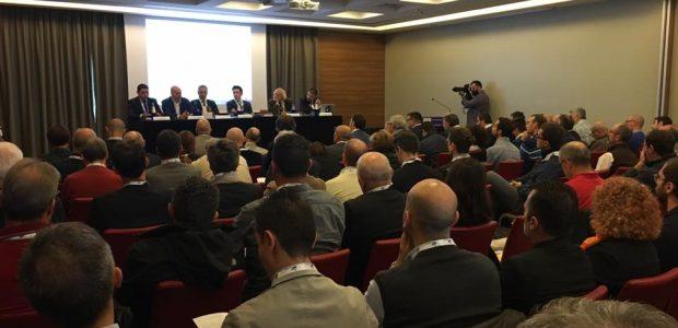Se questo articolo ti è piaciuto, condividilo!L'apertura dell'edizione veronese del Security Summit 2017 è stata la tavola rotonda sullo stato della sicurezza in Italia e nel Nord-Est. Sono stato invitato dal CLUSIT a rappresentare la […]