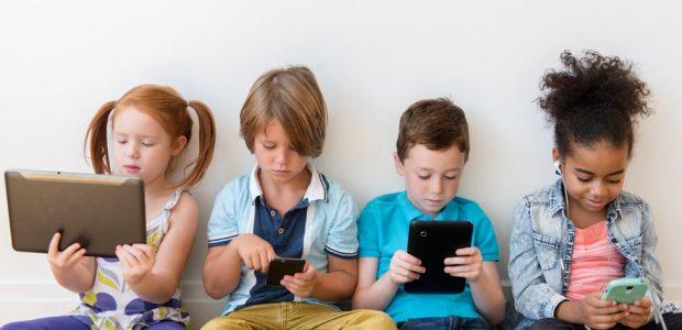 Se questo articolo ti è piaciuto, condividilo!Un nuovo aggiornamento sul progetto Generazione Z dedicato alla sicurezza dei minori nell'uso delle moderne tecnologie digitali: gli importanti patrocini ottenuti, il manifesto aggiornato, il grande valore aggiunto per […]