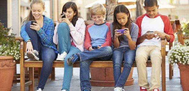 Se questo articolo ti è piaciuto, condividilo!11ShareMartedì 8 maggio dalle 18.00 alle 19.45 ho avuto il piacere di condurre un evento di sensibilizzazione sull'esperienza d'uso delle moderne tecnologie digitali per una quarantina di genitori di […]